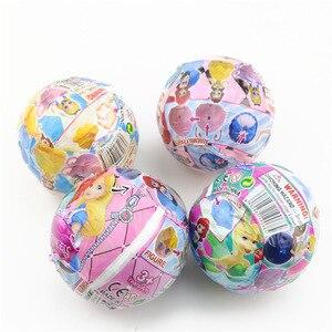 Image 5 - Akcja Disney księżniczka rysunek zabawki 4 sztuk/zestaw tajemniczy Gashapon księżniczka Alice ARIEL DAZZLES BELLE skręcone jajka zabawki...