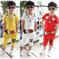 100% algodón 2015 verano manga corta de la ropa los niños embroman la ropa del bebé conjunto amarillo rojo traje blanco 2-9Ages