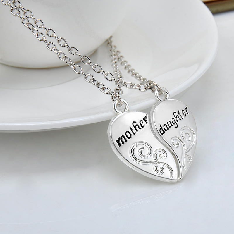 charming splice heart pendant mom and daughter letter necklace women