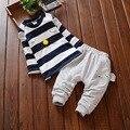 Los niños coreanos de otoño traje a rayas de manga larga de dos piezas de algodón bebé niño infantil Tee Ratón