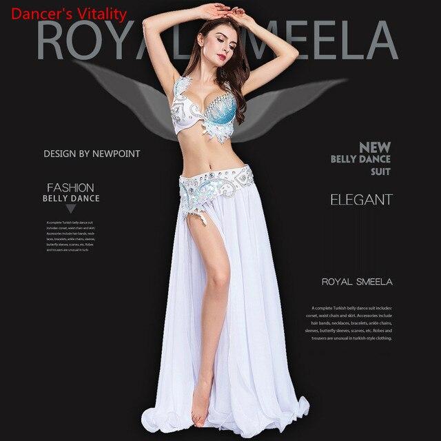 Lüks kadınlar için oryantal dans kostümü sutyen kemer etek 3 adet Set performans gösterisi kostüm beyaz gökyüzü mavi ücretsiz kargo