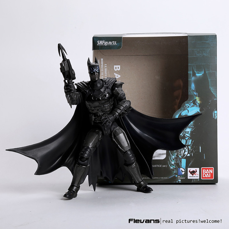 SHF S.H.Figuarts Batman Injustice Ver. PVC Action Figure Collectible Model Toy 16cm new hot christmas gift 21inch 52cm bearbrick be rbrick fashion toy pvc action figure collectible model toy decoration
