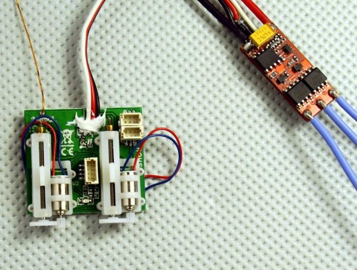 AR6400BL 6-canaux ultra micro récepteur DMS 2 Rc Récepteur 6A Brushless ESC Intégré à bord