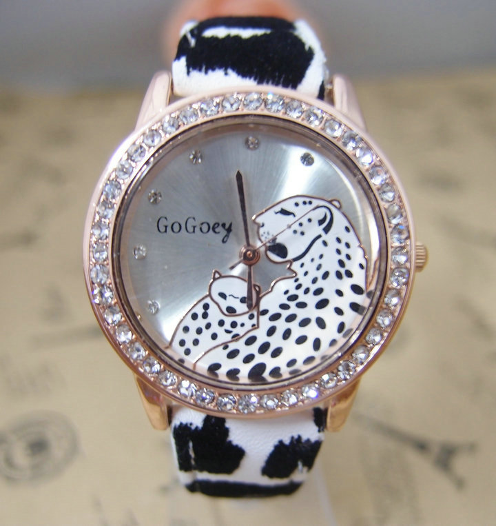 Hot Sales Gogoey Leopard dial leather Watch Women Ladies Fashion Crystal Dress Quartz Wrist Watch Dropship go063