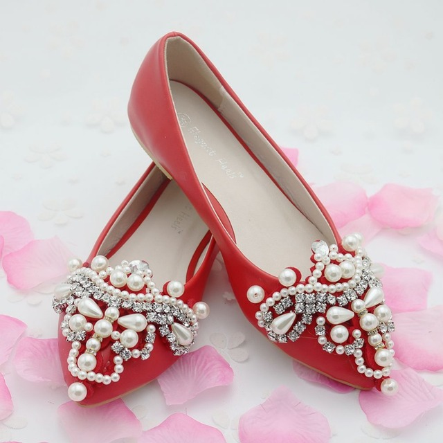 Fashion Pearls Flower Flats For Women Pointed Toe Flats Flat Heel Women  Wedding Shoes Red Color Flats White Flats Women 76a5a4676ddd