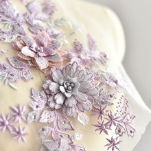 Color stereoscopic embroidery, hot Diamond Beads, lace flowers, hand-made DIY dress patches, decorative flower powder.