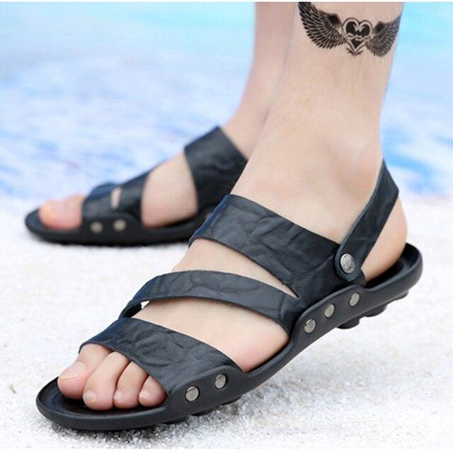 f81a430a4797 2019 verano Zapatos Sandalias de los hombres de moda hebilla de Metal  decoración hombres zapatillas de
