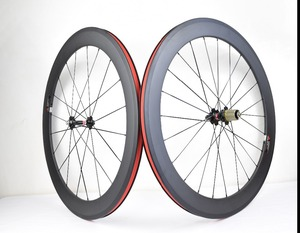 Image 2 - 700C karbon tekerlekler 38mm 50mm 60mm 88mm yol bisikleti tekerlek perçini veya boru şeklindeki karbon tekerlekler et