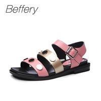 Beffery סנדלים מזדמנים 2018 קיץ נשים סגנון אופנה נעליים שטוחות נשים נעלי נעלי אישה סנדלי קישוט בוהן מתכת עגול