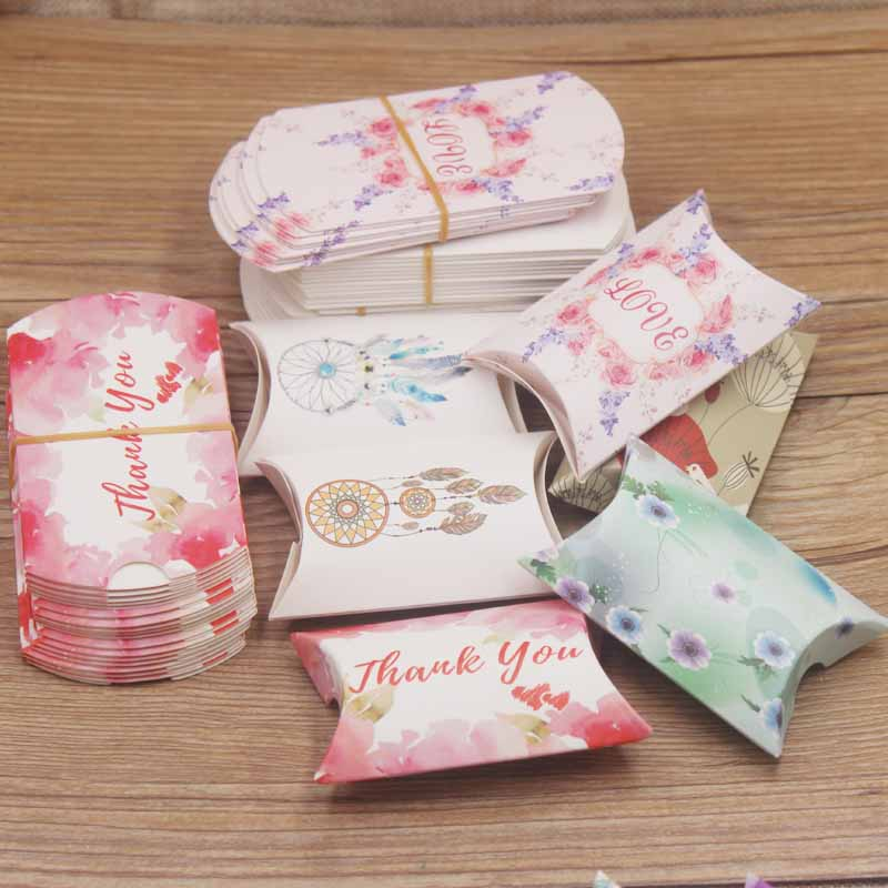 Wholesale2*5*8cm 300GSM Kraft Paper  Pillow Shape  Wedding Candy Gift Box Earring&Necklace Carrying Cases Jeweley Packaging Box