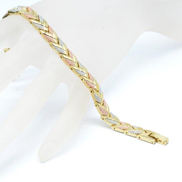 Фото женский магнитный браслет vivari трендовый 3 тонов цвета стрела