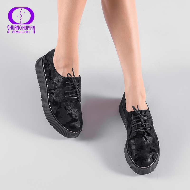 AIMEIGAO Spring Autumn Lace-up Flat Platform Shoes Thick Bottom Women Casual Shoes British Style Women Brogue Shoes beffery 2018 british style patent leather flat shoes fashion thick bottom platform shoes for women lace up casual shoes a18a309