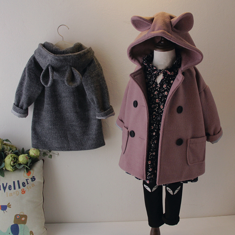 купить 2018 Autumn Girls Fashion Hooded Woolen Coat Kids Cartoon Rabbit Ear Cap Double Breasted Wool Overcoat Children Trench Coat A268 по цене 2256.84 рублей