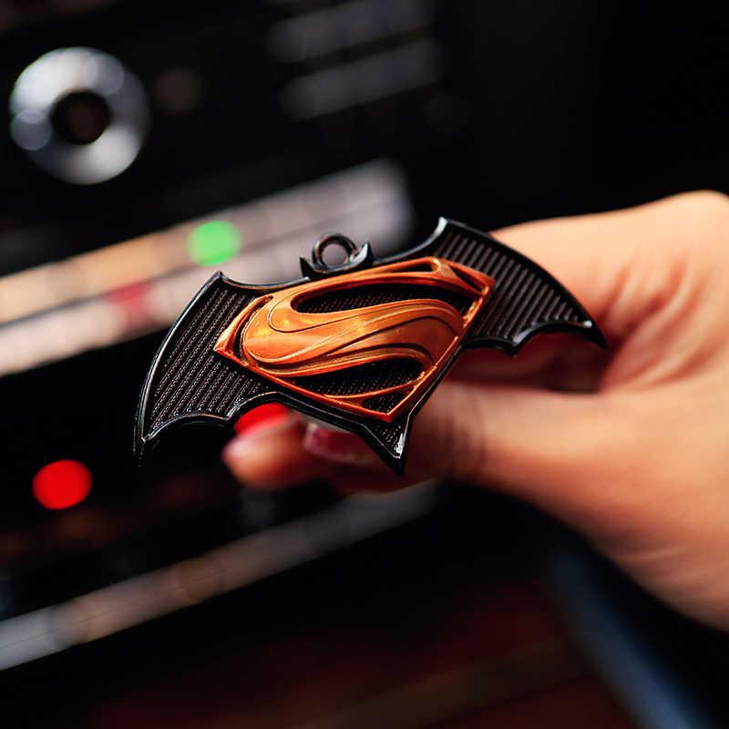 Mobil Styling Penyegar Udara Klip Udara Kondisi Ventilasi Parfum untuk Avengers Marvel Spiderman Ironman Batman Penggemar Gratis 2 Parfum