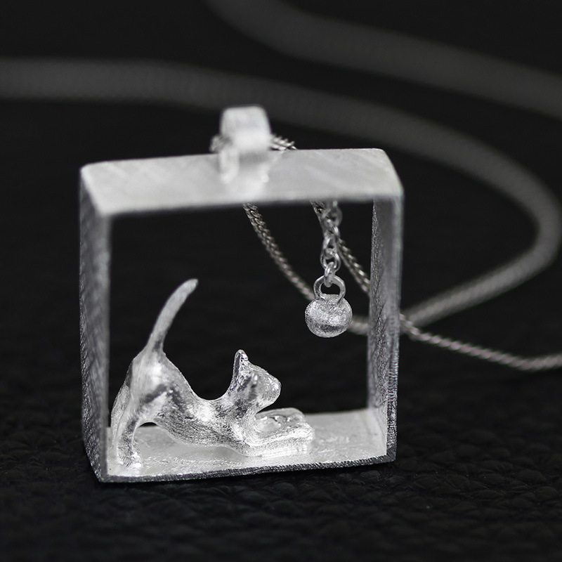 Handmade cute kitten cat play ball pendant in 925 sterling brushed silver jewelry (WS)Handmade cute kitten cat play ball pendant in 925 sterling brushed silver jewelry (WS)