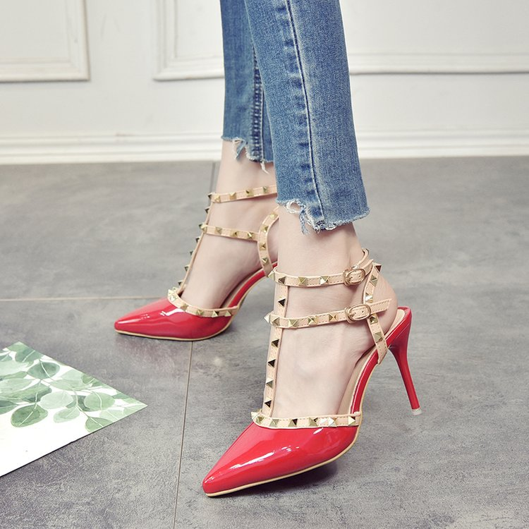 QSR-Summer-new-2019-European-and-American-rivet-pointed-high-heels-fashion-stiletto-nude-banded-Roman