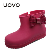 Uovo Новинка 2017 года резиновые сапоги для маленьких девочек галстук-бабочка прекрасный дождь обувь для маленьких детей Желе мягкий водонепроницаемая обувь младенческой Дети малышей