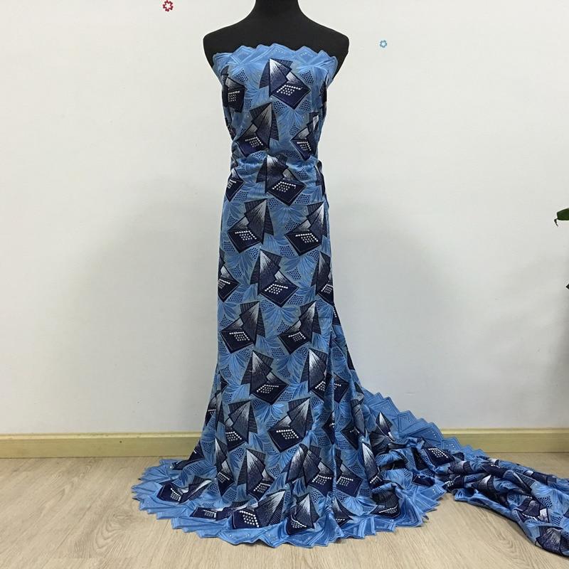 De haute Qualité Africain voile Suisse dentelle 027 Blue sky + Bleu Marine,  livraison Gratuite (5 yards paquet), 100% coton Africain de Lacet Robe d781ca97008