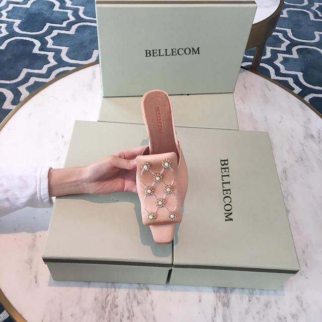 BELLECOM 2019 summer satin surface beaded flower drill drill small square head generous buckle head flat women's shoes 1