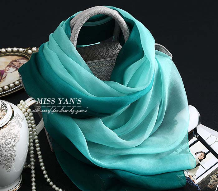 Green Gradient Silk Scarf Retail Women Achecol masculino summer sunscreen Ladies Shawls and Daisy Scarves Wraps Cachecol Hijab