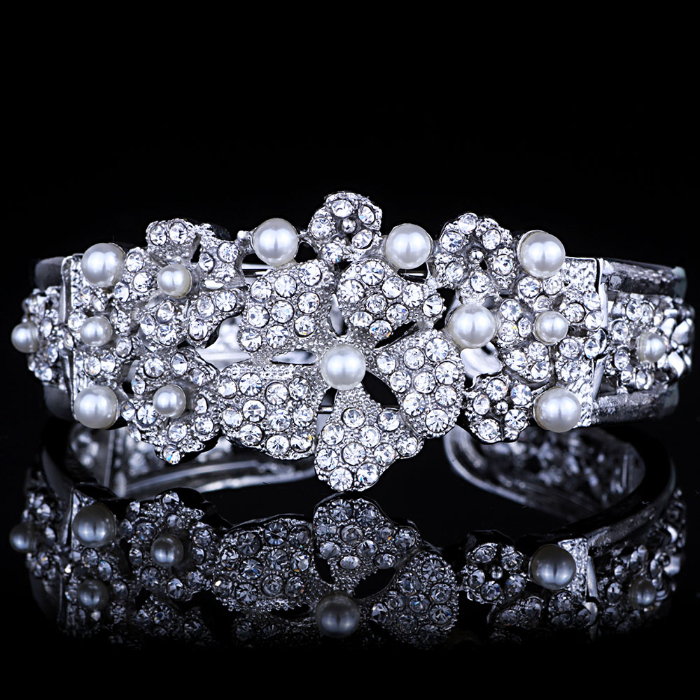 Fashion Wedding Jewelry Silver Plated Imitation Pearl Flower Open Bangles for Women Crystal Cuff Bracelets & Bangles