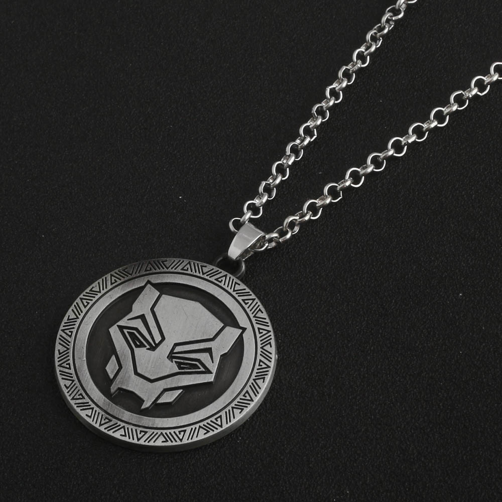 SG Hot Sell The Avengers 3 Captain America 3 Black Panther Necklaces Antique Silver Figure Charms Men Women Car Bag Keyring Gift