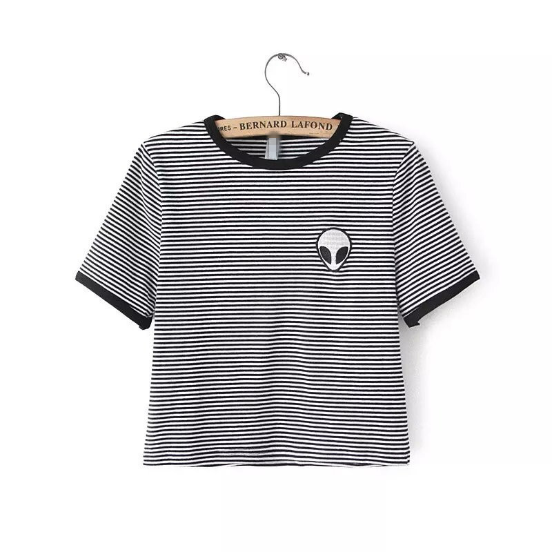 0fa9db3d16fc 293.67 руб. |Бесплатная доставка 2018 летний топ Женская футболка короткая  ...