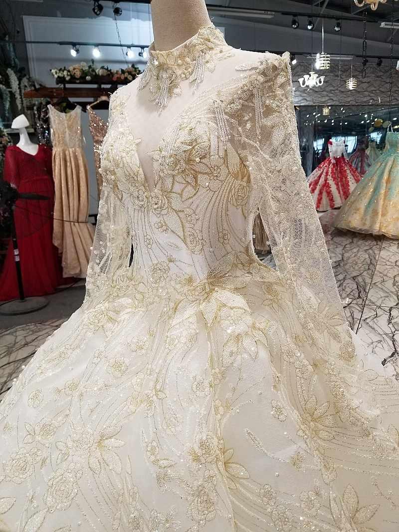 LS17740 יוקרה זהב תחרה לקשט דובאי שמלות כלה גבוהה צוואר ארוך שרוול בתוספת גודל אורך רצפת מחיר אמיתי