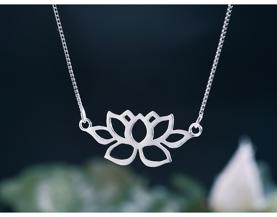 LFJF0022-Hollow-Out-Lotus-Necklace_04