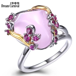 DreamCarnival 1989 New Arrivals Special Triangle Cut Pink Zirconia Rings for Women Love Two Tones Fashion Hot Wholesales WA11612