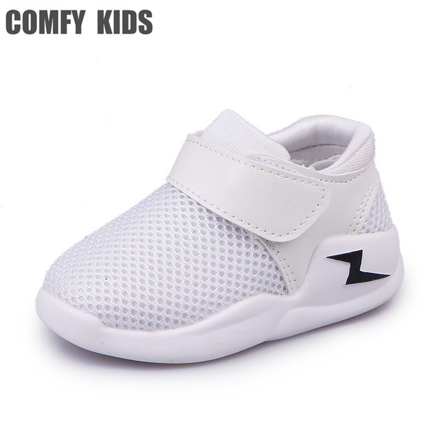 3ceda3692 Удобные детские сетчатые Детские Обувь спортивные Осень обувь маленьких  дышащая Обувь для девочек Обувь для мальчиков