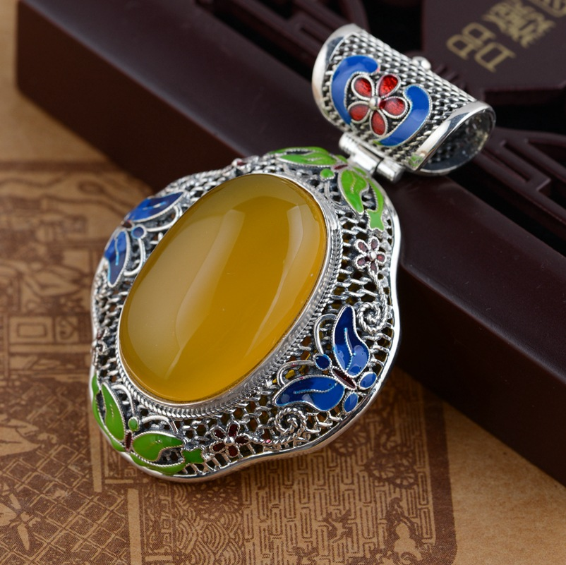 S925 filaments Shaolan craft silver inlaid Huang Yusui Pendant Shaolan butterfly jewelry wholesale deer king jewelry pendant s925 sterling silver pendant inlaid beeswax antique shaolan craft female models