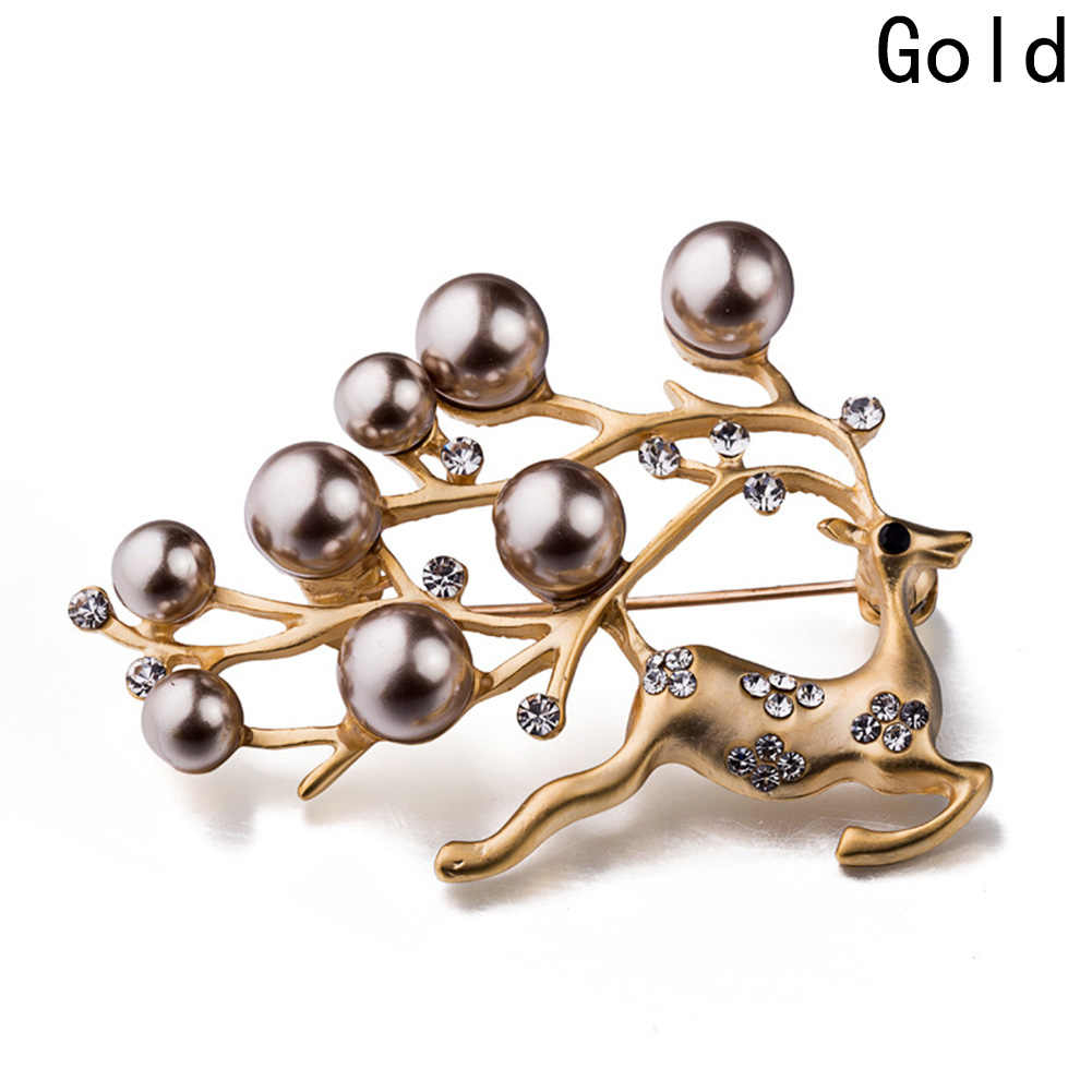 New Arrival Hot Sale 2018 Reindeer Deer Head Brooch Free Christmas Brooches Fashion Jewelry Accessories Cute Silver Pear Deer