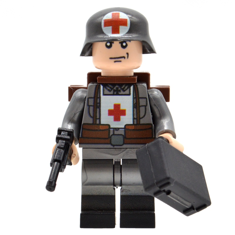 10pcs/lot UV-Printing WW2 German Medical Soldiers Army Military with Medicine Box Building Blocks Bricks Toys for Children