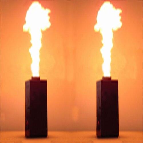 (Nave da usa-UE) 2PC 200W DMX Fuoco Effetto Spruzzo Flame Thrower DJ Fase Proiettore Macchina Del Partito