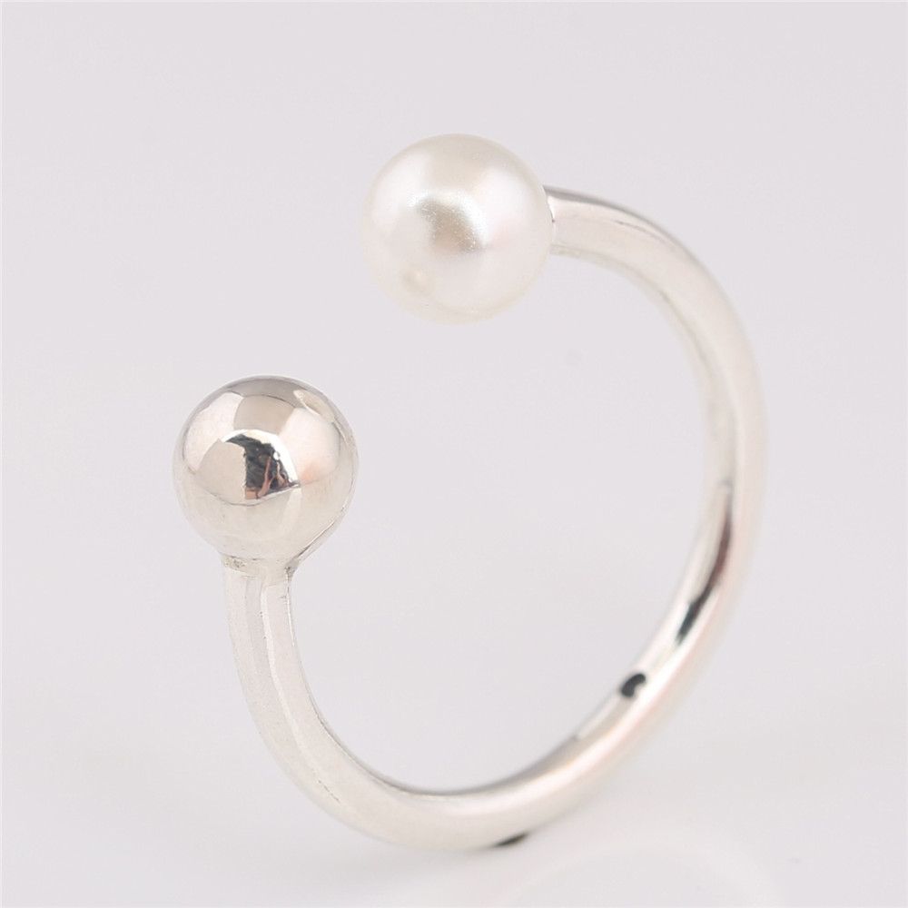 P-D-2244 (1)Contemporary Pearl Ring, Pearl
