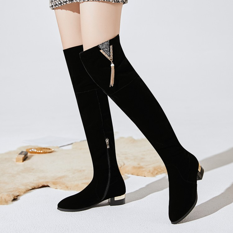 Big Size 9 10 11 12  Pure non-ferrous metal thick-heeled boots with pointed tasselsBig Size 9 10 11 12  Pure non-ferrous metal thick-heeled boots with pointed tassels