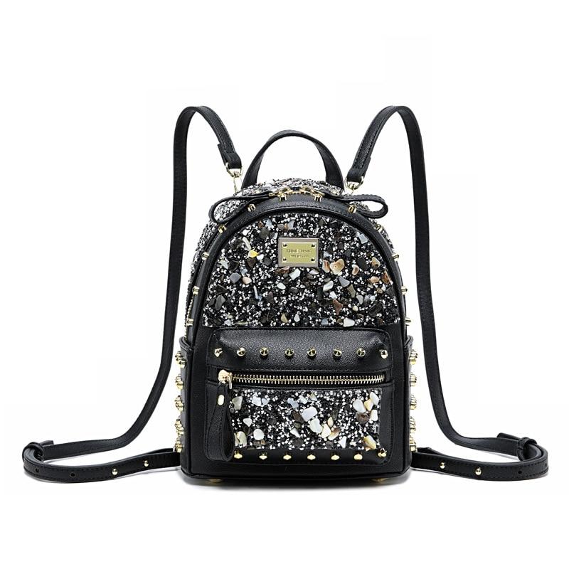 Designer de luxe en cuir sac à dos Femmes diamant mini Sac À Dos petite femelle rivet épaule sac voyage bagpack noir rose mochila