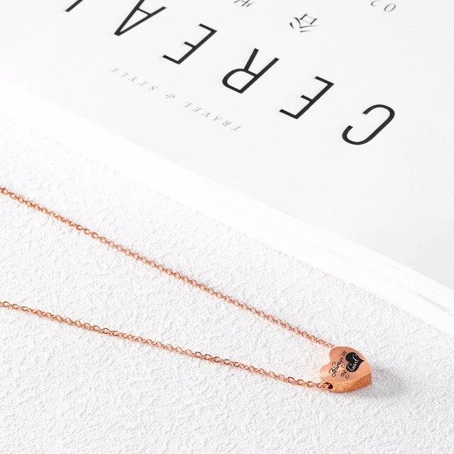 Фото модные ожерелья золотого цвета в форме сердца для женщин с подвесками