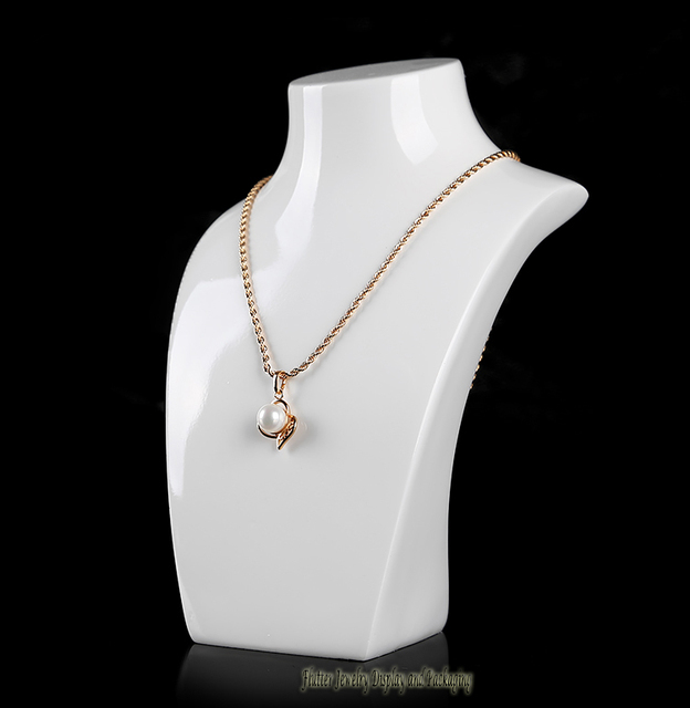 display stand necklace