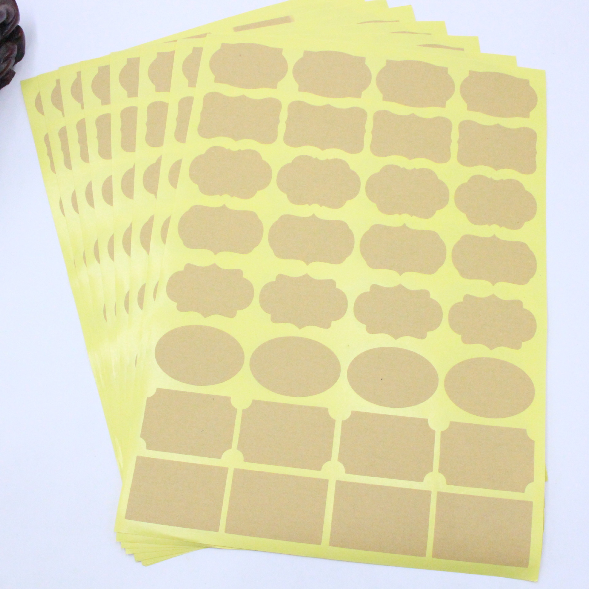 96 Pcs/lot Handmade Sticker Vintage Blank Kraft Label Sticker DIY Hand Made For Gift Cake Baking Sealing Sticker
