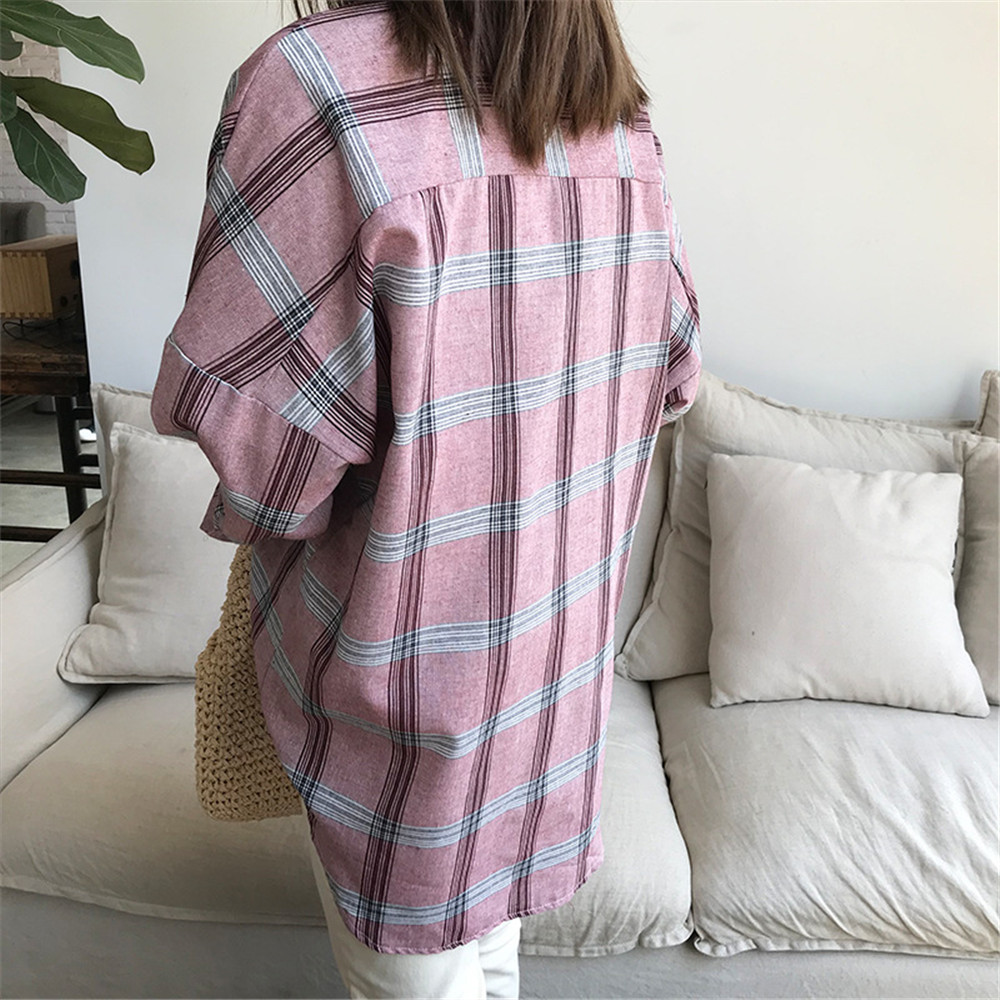 Big Loose women plaid blouses shirts 2018 Women Office Air Conditioner Blouse Shirt Female Outerwear Casual Pocket Shirts (34)