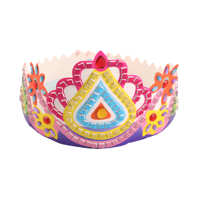 Mosaic Crown With Diamonds