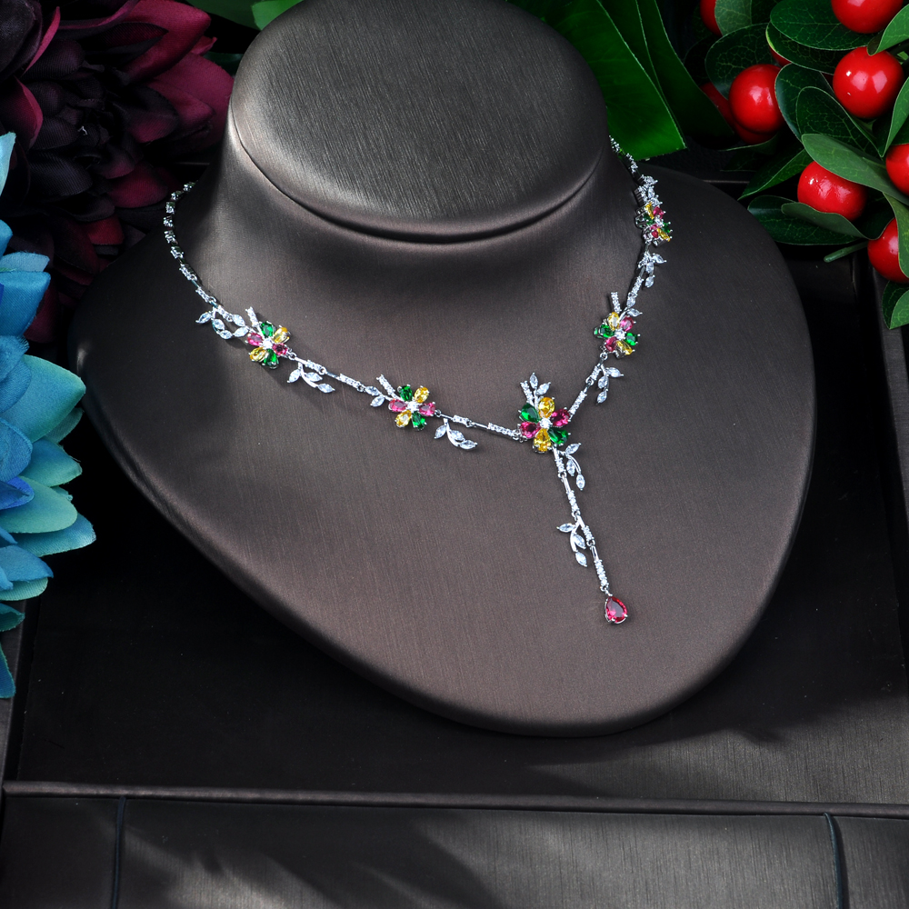 Image 4 - HIBRIDE New Arrival Cubic Zirconia Flower Leaf Necklace Pendant  and Earring 2pcs Set for Women Fashion Jewelry Bijoux femme N 58Jewelry  Sets