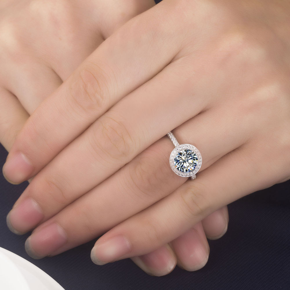 Excellent 3 Carat Moissanite Jewelry Pass Testers Genuine Solid 750 Gold  Moissanite Engagement Ring Women 750 Gold Ring-in Engagement Rings from  Jewelry ... 455832afe