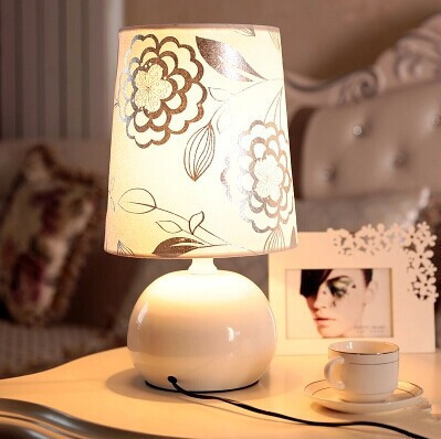 Cloth Desk Lamps,Simple table lamp, For bedroom Study Kids Room,E27,40*22*22CM,Bulb included,AC