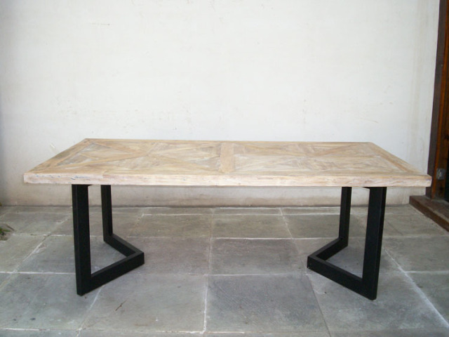 Retro industrial loft style furniture made of solid wood - Table salle a manger style loft ...