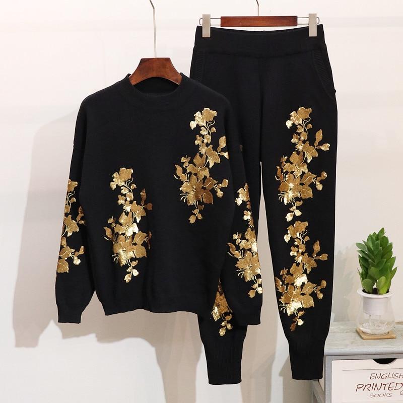 Kadın Giyim'ten Kadın Setleri'de Sonbahar Kadın Sequins Çiçekler Kazak pantolon seti Uzun Kollu Bayanlar Örgü Kazak Tops + Pantolon Kış moda giyim Setleri Kadınlar'da  Grup 1