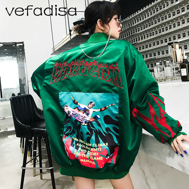 Vefadisa Embroidery Jacket for Women 2018 Autumn Outerwear Single Breasted  Baseball Jacket Batwing Sleeve Loose Coat 8dd6f01dd
