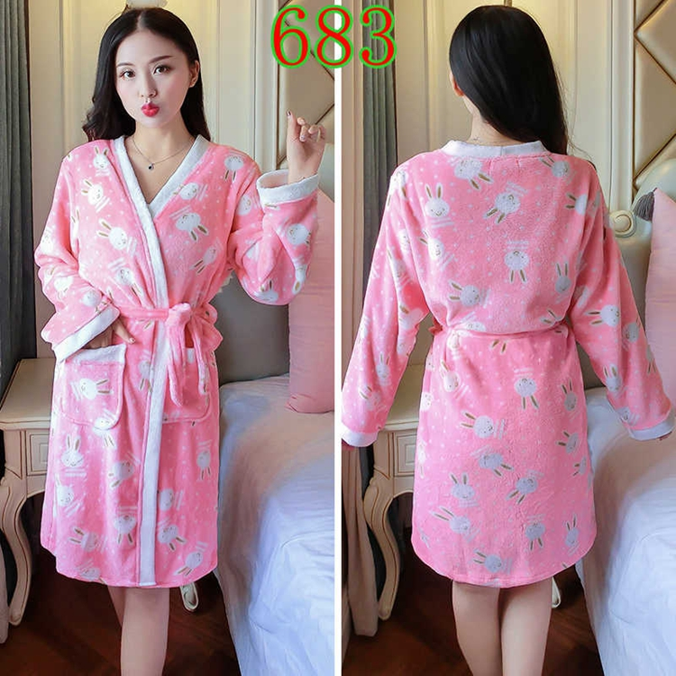 2PCS Sexy Thick Warm Flannel Robes Sets for Women 2018 Winter Coral Velvet Lingerie Night Dress Bathrobe Two Piece Set Nightgown 301